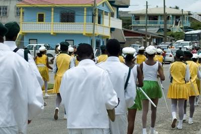 Parade mit einer Band in Belize