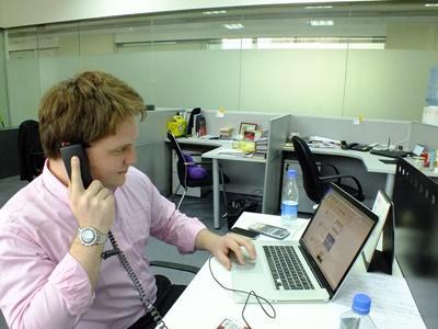 Ein Freiwilliger im Praktikum in der Unternehmensberatung in China