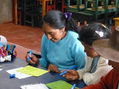 Im Ernährungs – Projekt in Peru unterrichtest du Schwangere und Mütter zu gesunder Ernährung