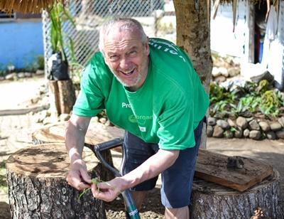 Freiwilligendienst Special für Freiwillige ab 50 Jahren mit Projects Abroad