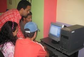 Projekte in Afrika - Marokko : Computer - Projekt
