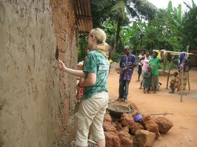 Hausbau & Community Work Ghana