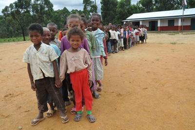 Im Schulferien – Special Sozialarbeit und Community Care in Madagaskar organisierst du ein Sommercamp für die einheimischen Kinder!