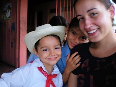 Eine Freiwillige von Projects Abroad im Sozialarbeit und Naturschutz Projekt in Costa Rica