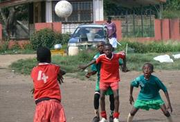 Projekte in Afrika - Ghana : Schulferien - Specials - Fußball