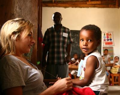 Freiwilligenarbeit mit Kindern in Tansania
