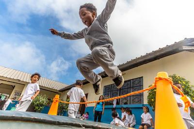Begeistere die Kinder für sportliche Freizeitaktivitäten