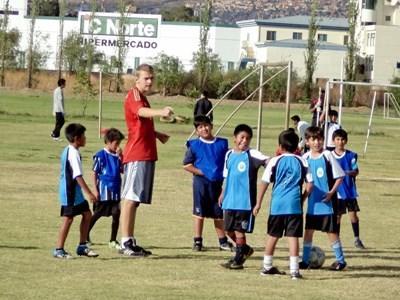 Sport unterrichten in Bolivien