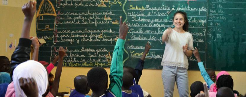 Freiwillige im Unterrichts - Projekt in Saint Louis, Senegal mit Projects Abroad