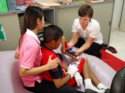 Ergotherapie in Kambodscha