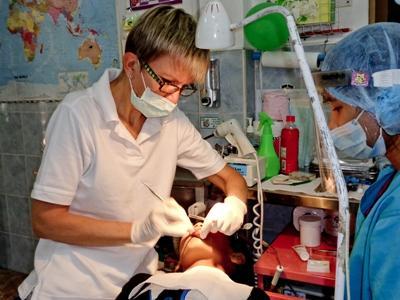 Als Zahnmediziner nach Kambodscha