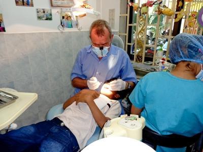Freiwilligendienst für Zahnmediziner in Kambodscha