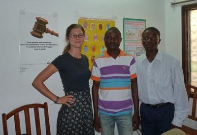 Freiwillige zusammen mit Kollegen in Togo