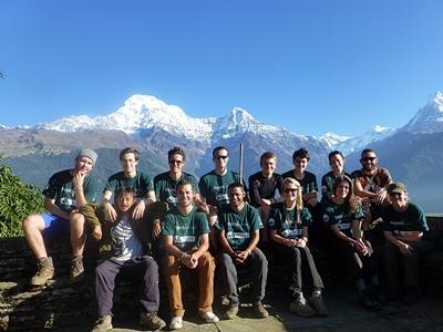 Gruppe von Freiwilligen in Nepal