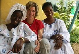 Lerne Wolof und unterhalte dich mit Einheimischen im Senegal in ihrer Muttersprache so wie diese Freiwillige.